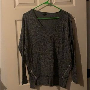Express Sweater with Zippers